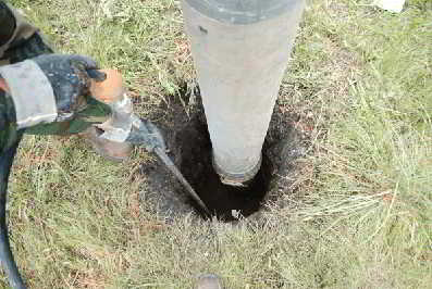 Pot Hole Excavations Using Pressurized Water And Vacuum